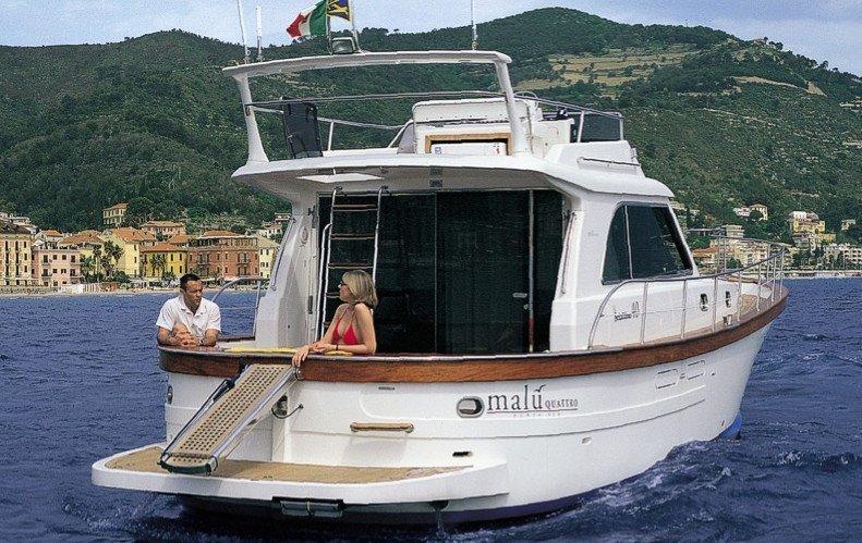 SCIALLINO 40. Noleggio barche Sud Sardegna