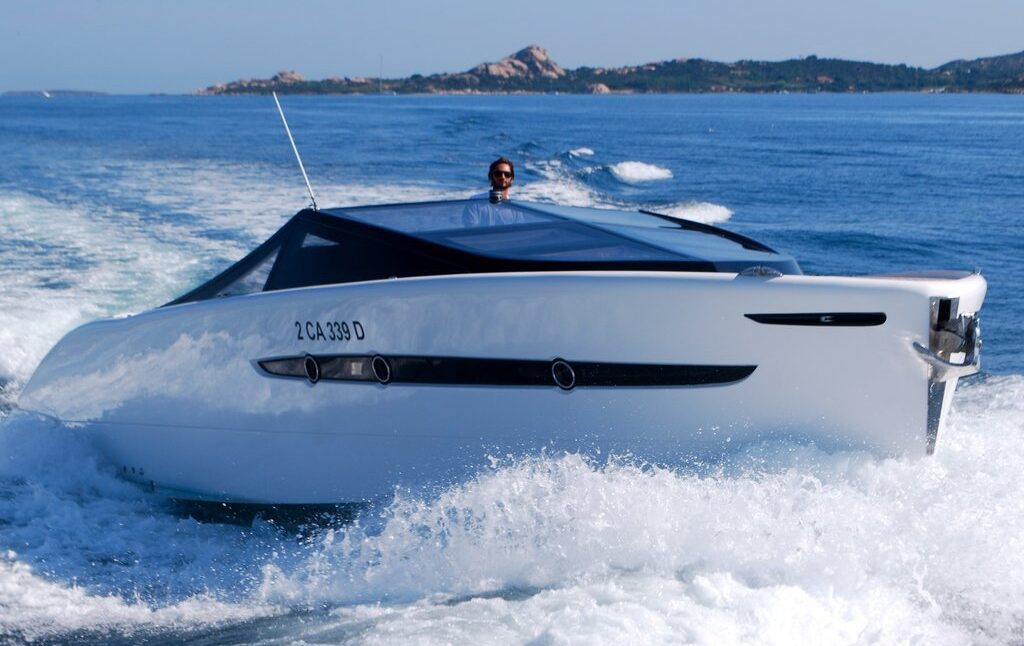 BARRACUDA 42. Charter yacht a Cannigione Having fun in Sardegna.
