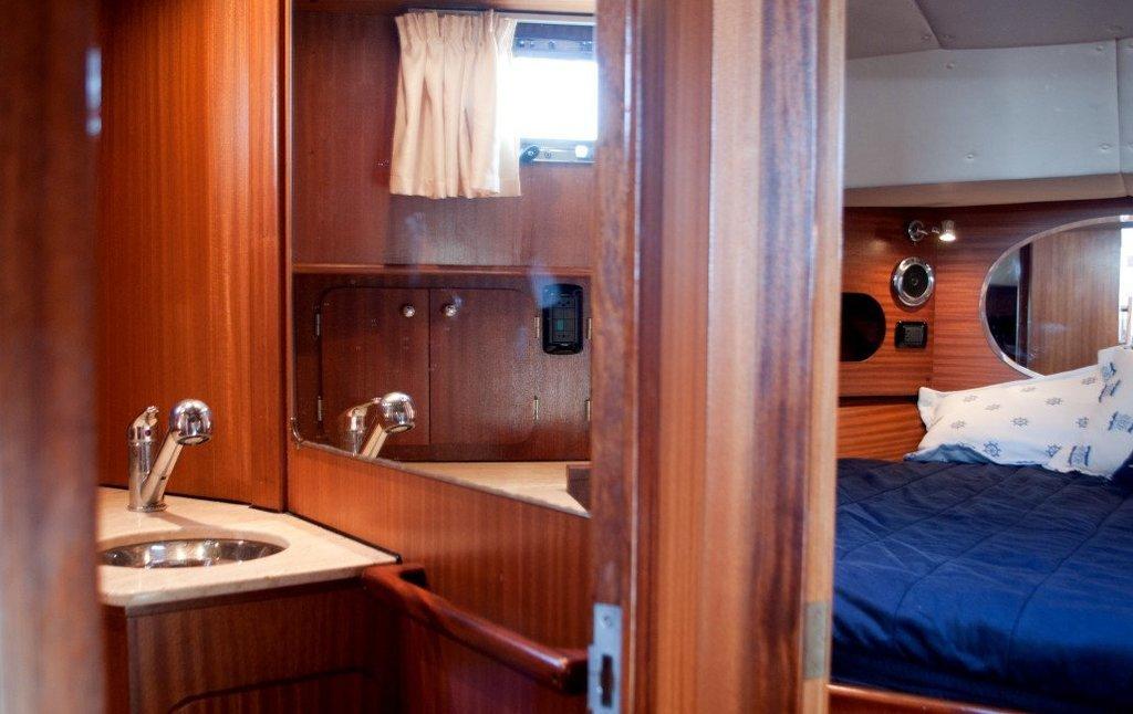 SCIALLINO 40. Bagno barca a motore in affitto Sardegna