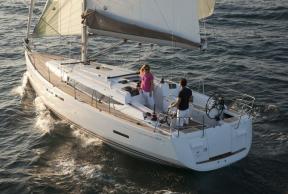 Charter Sun Odyssey 409