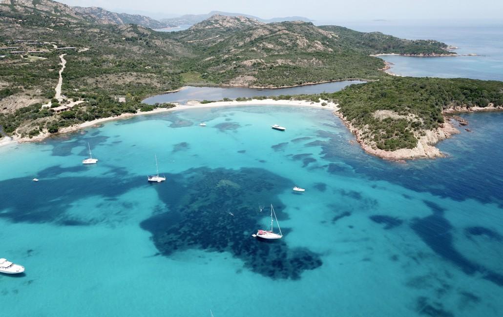 Yacht a Noleggio per le spiagge della Sardegna